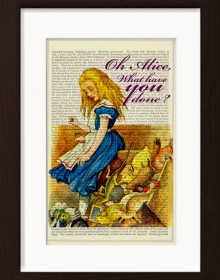 Alice-In-Wonderland-Upsets-The-Jury-Box